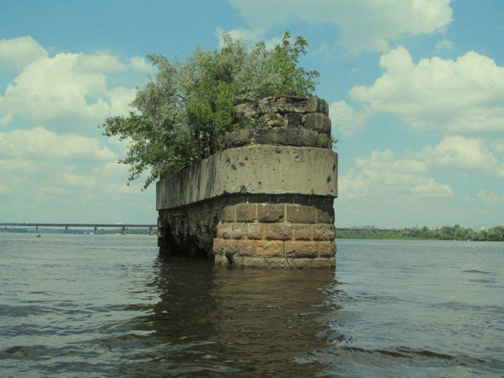 Все что осталось от моста Струве
