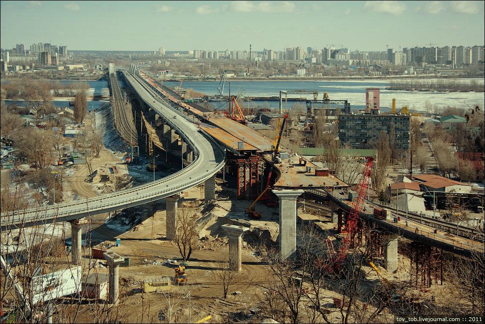 Завершающий этап строительства нового Дарницкого моста