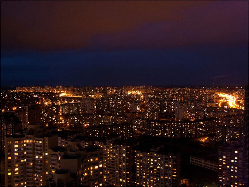 Вид на Троещину ночью