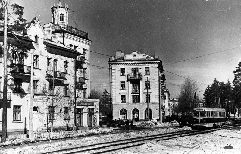 Трамвайная линия после войны