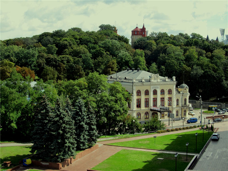 Вид из парка Владимирская горка