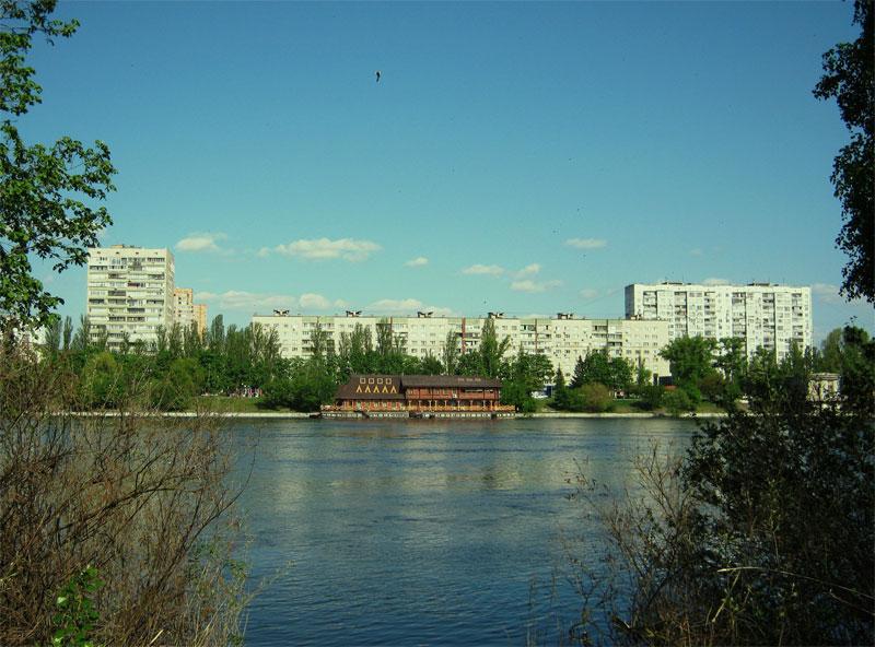 Вид на Русановку