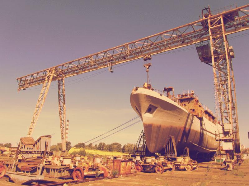 Ещё один корабль ждет ремонта
