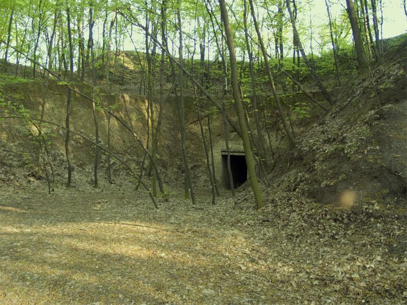 Тоннель в укреплении
