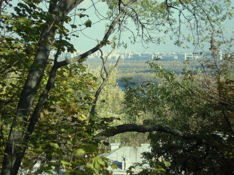 Вид на левый берег Киева