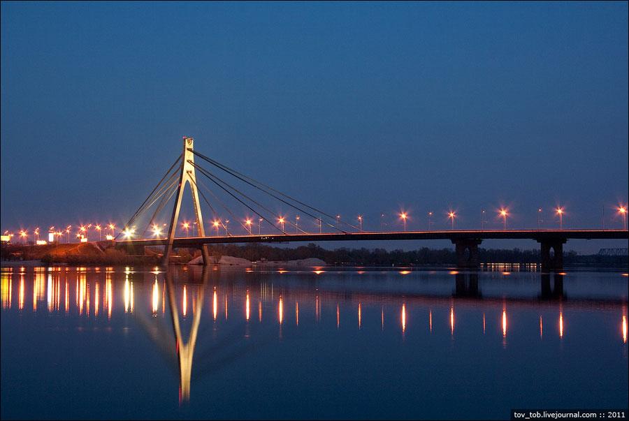 Московский мост вечером