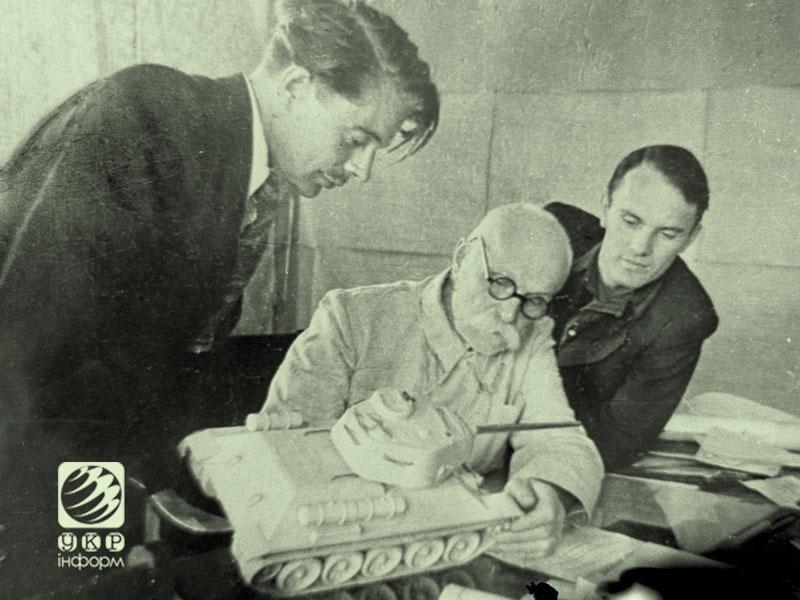 Евгений Патон со своими сыновьями