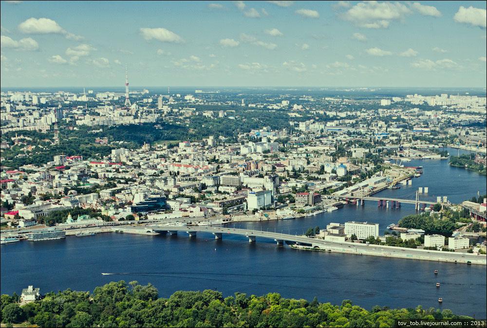 Гаванский мост и Рыбальский вантовый мост (на заднем плане)