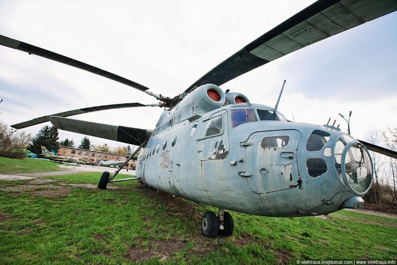 Вертолет на 90 десантников