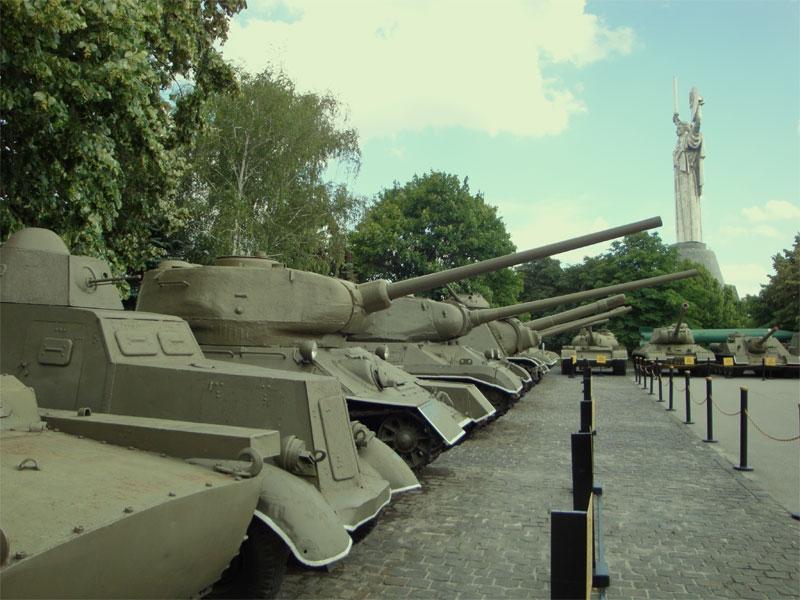 Ряды танков