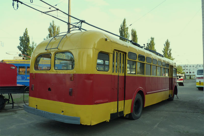 Троллейбус 1949 года