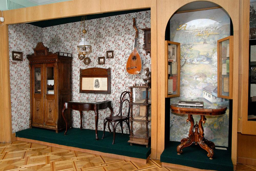 Шестой зал, киевская квартира 19-го века