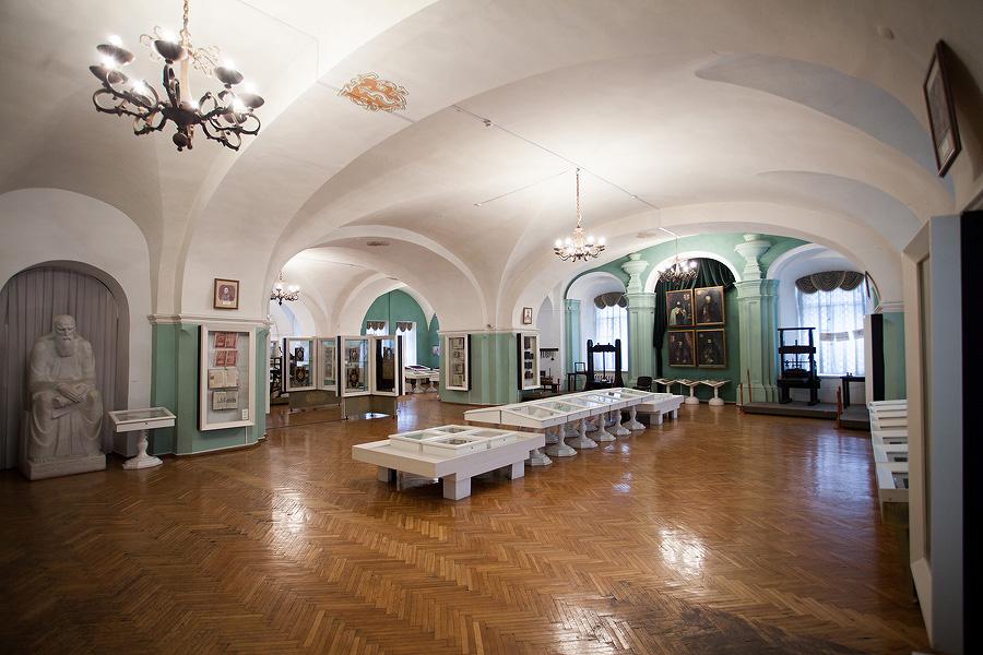Первый зал музея