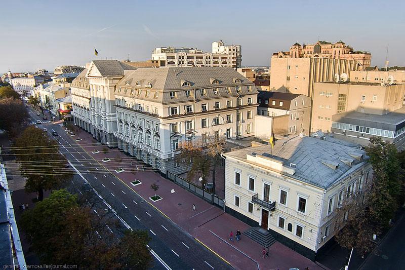 Вид на улицу Владимирскую