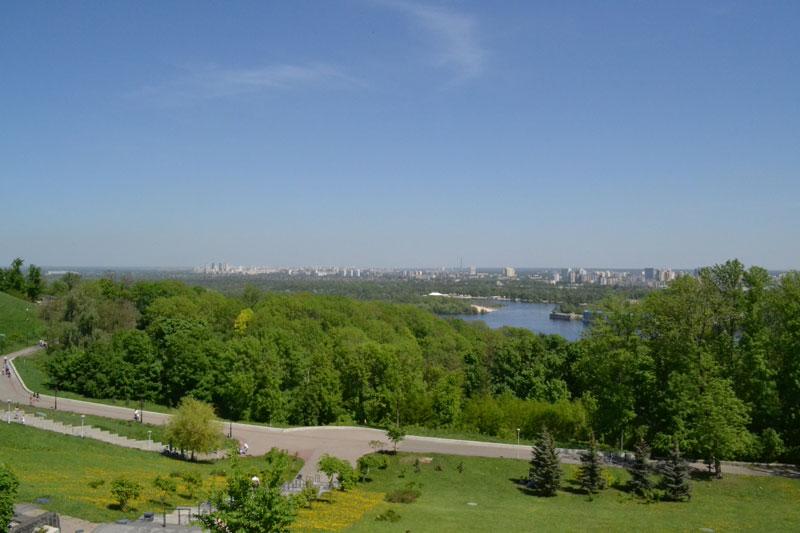 Левый берег Киева