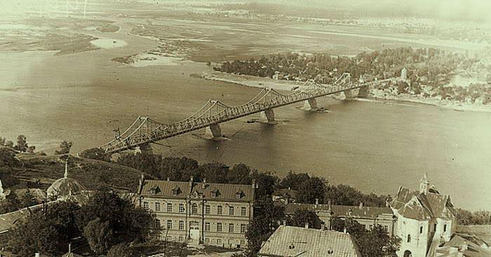 Мост Евгении Бош