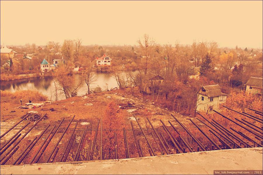 Мост заканчивается на Русановских садах