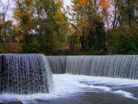 Парки Киева: парк Покол, киевский водопад