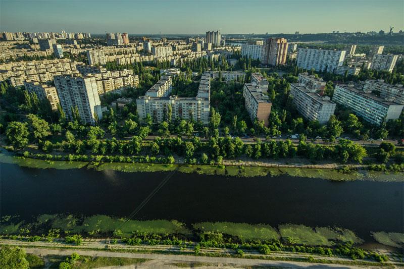 Вид на Русановку сверху
