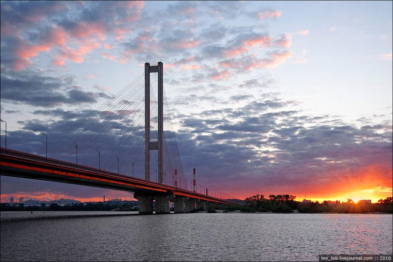 Южный мост вечером