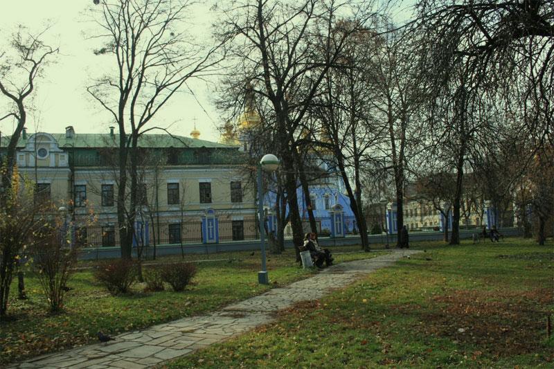 Михайловский монастырь сзади