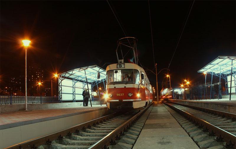 Трамвай №5 на Троещине