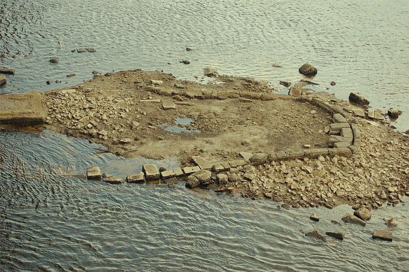 Остатки опор Цепного моста
